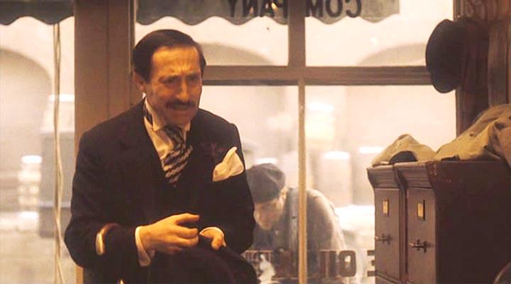 Дон Вито, я отдам ваши деньги, все. Потому что, дон Вито, ведь деньги - это не главное.