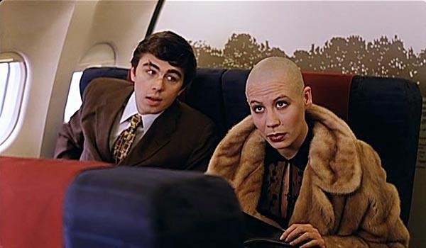 Мальчик, ты не понял! Водочки нам принеси! Мы домой летим.